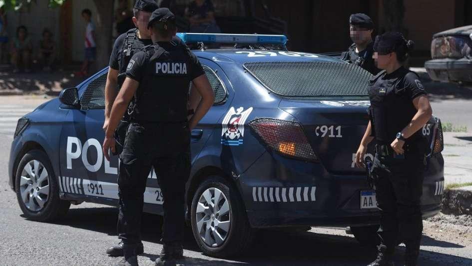 Un hombre murió y un policía quedó herido tras un tiroteo en San Rafael