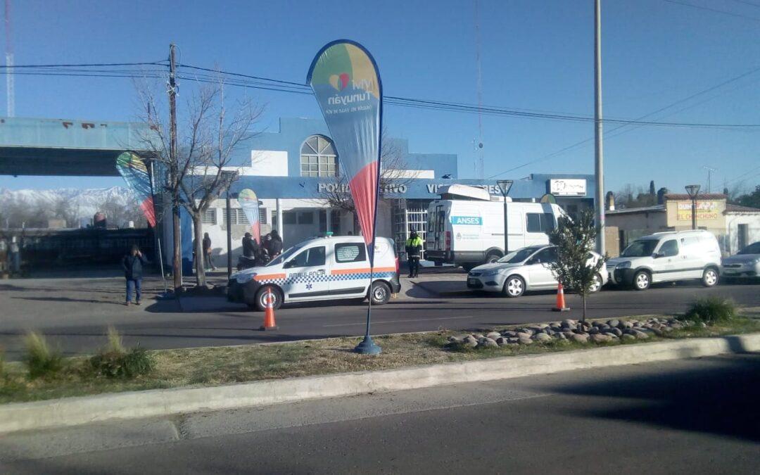 La unidad móvil de ANSES y PAMI están hoy y mañana en Vista Flores