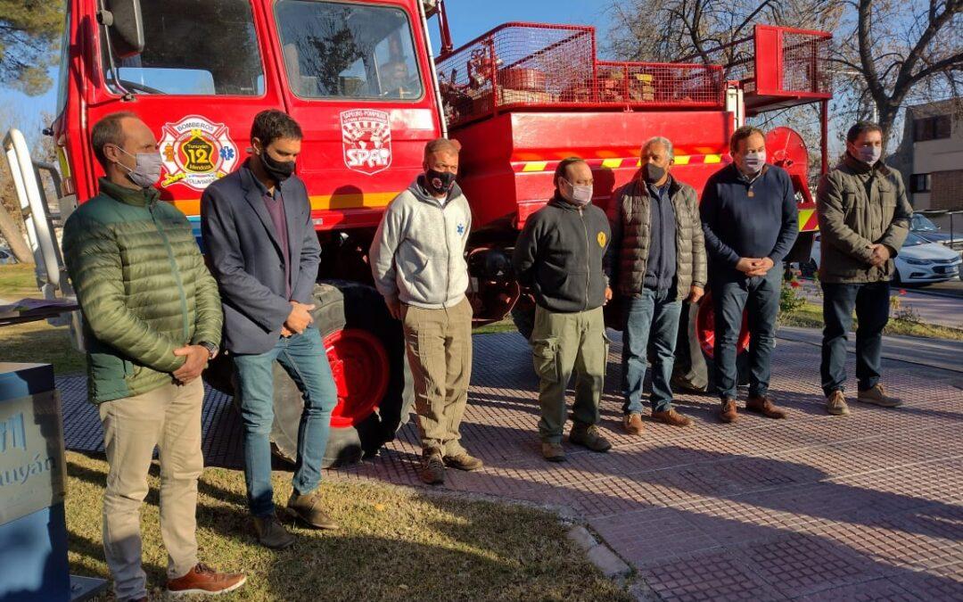 El municipio de Tunuyán entregó un importante subsidio para Bomberos Voluntarios